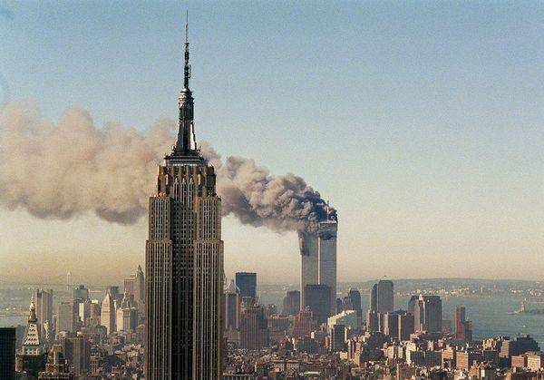 september-9-11-attacks-anniversary-ground-zero-world-trade-center-pentagon-flight-93-smoke-wtc-empire_40015_600x450